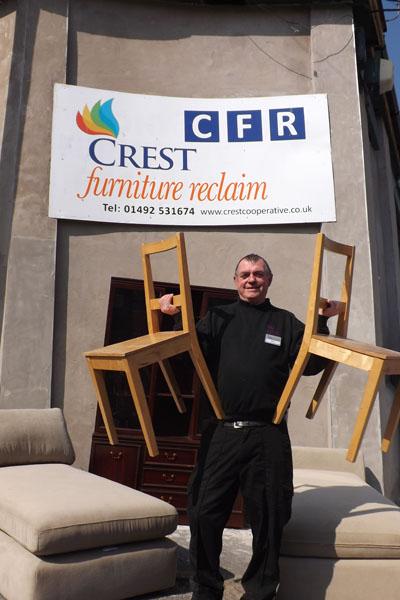 Crest Cooperative Crest Furniture Reclaim Colwyn Bay - Crest furniture