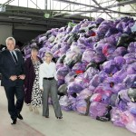 First Minister officially opens Draig Tex clothing export centre